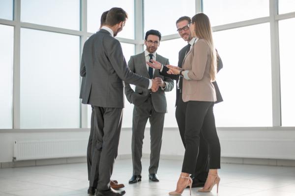 3 Creative Ways to Meet Investors